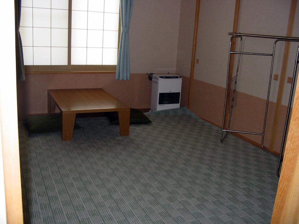 09緑里居室